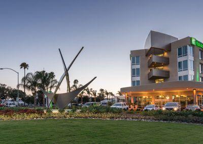 Shelter Island Holiday Inn